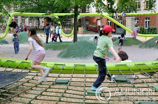 兒童沙坑游樂設施