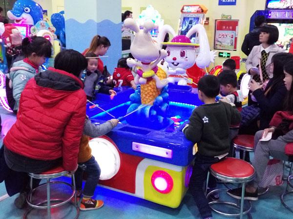儿童游乐设备 儿童益智游戏 万里阳光号钓鱼池    2.